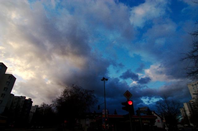 Vorsätze 2007: Wechselhaftes Wetter über dem Märkischen Viertel