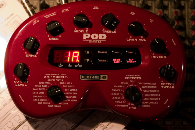 pod-20-ampsimulator-fur-e-gitarre-crw_6338.jpg